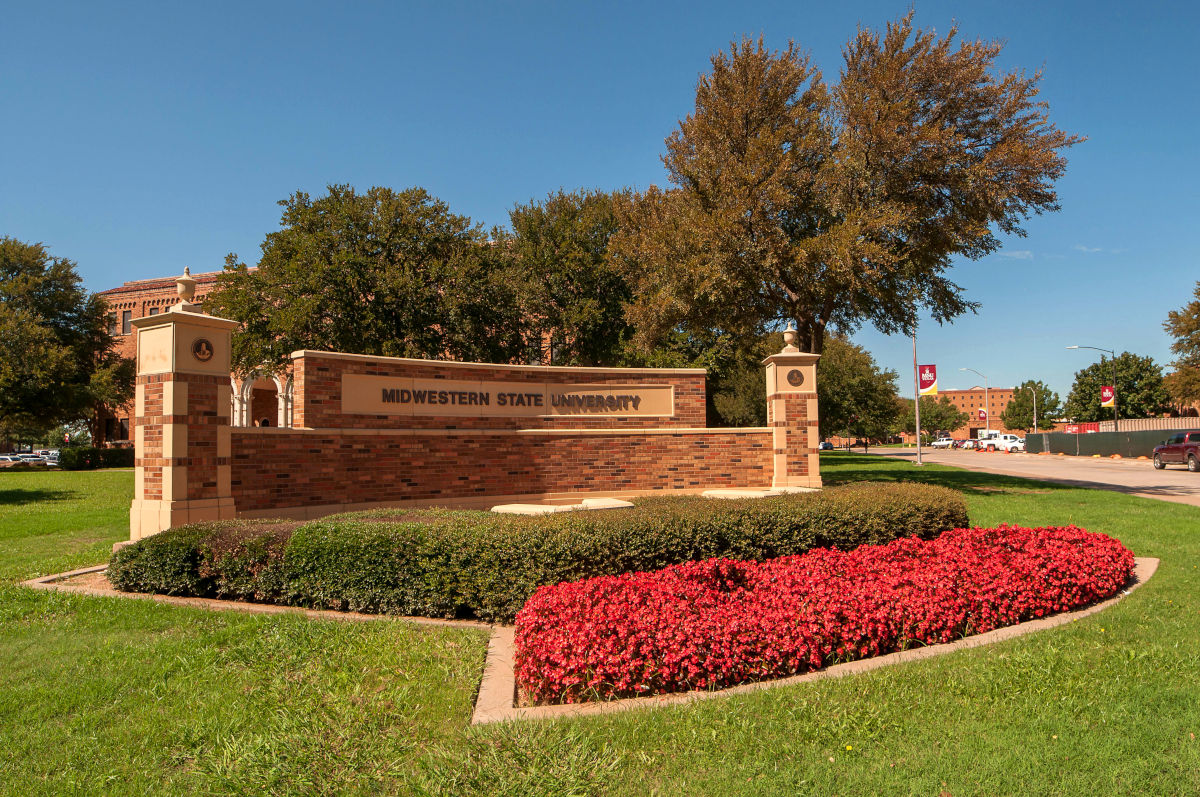 Midwestern State University front entrance.